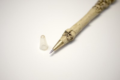 skull_ball_point_pen_04.jpg